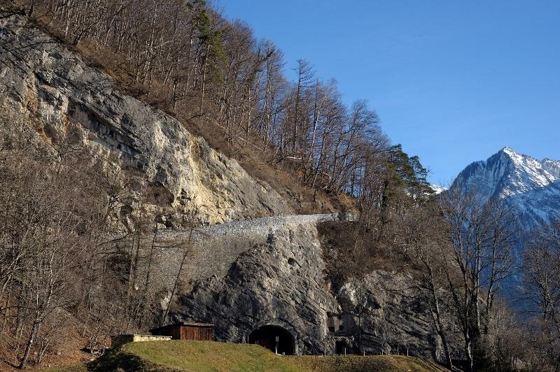 Aktuelle Ansicht der Schollbergstrasse nach der Wiederherstellung